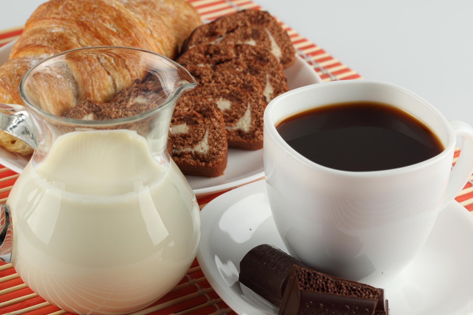Печенье молоко  № 1615831 бесплатно