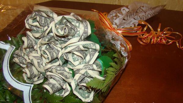 Сделать розу из купюр своими руками 152