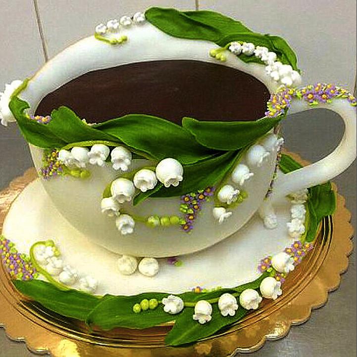 Торт в форме чашки