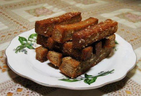 Как сделать гренки с чесноком и сыром