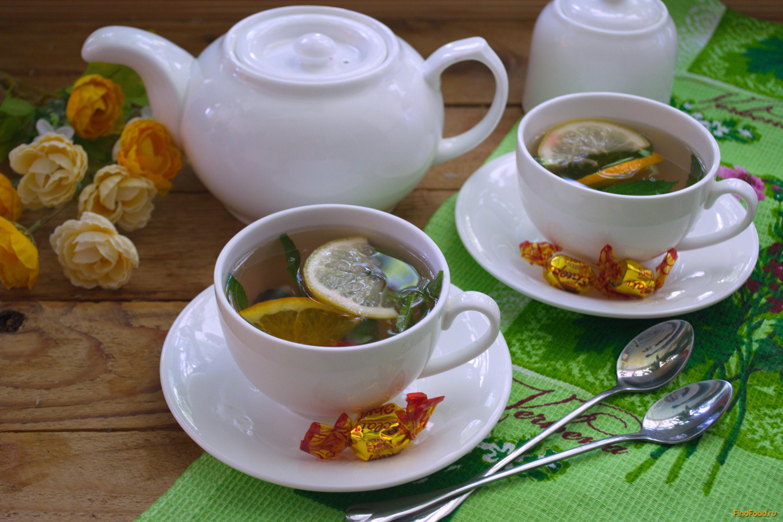 красивый дизайн чай в желтой чашке фото