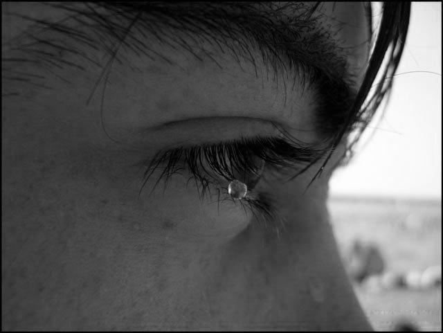 картинки грустных мужиков со слезами военный летчик