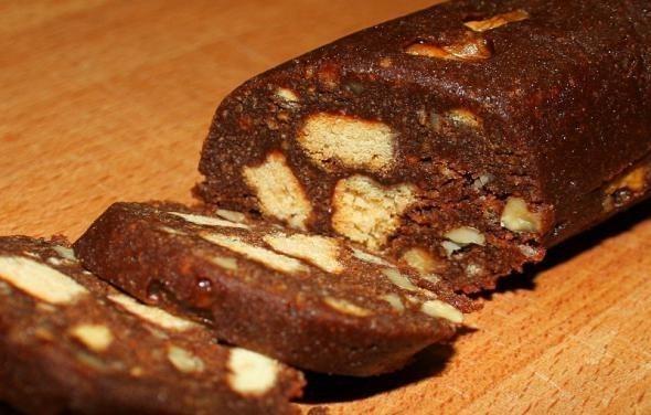 Шоколадная колбаска Салями  кулинарный рецепт