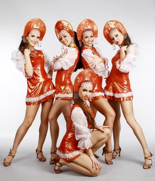 Танцевальные коллективы девушек в белом нижнем белье, съемка секса русский